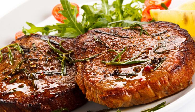 Gebakken biefstuk met rozemarijn