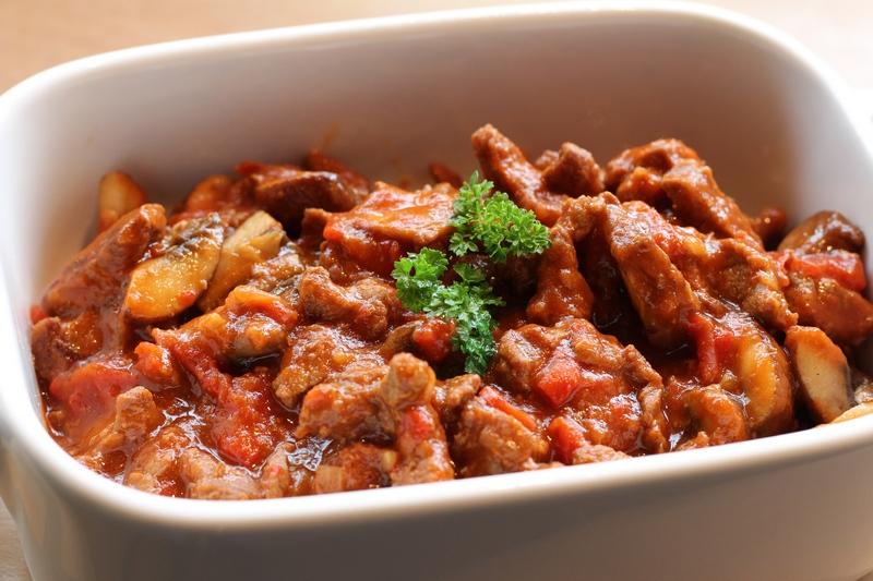 Goulash, zelf Hongaarse goulash maken | Recepten koken
