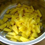 Panna cotta met kokos en ananas